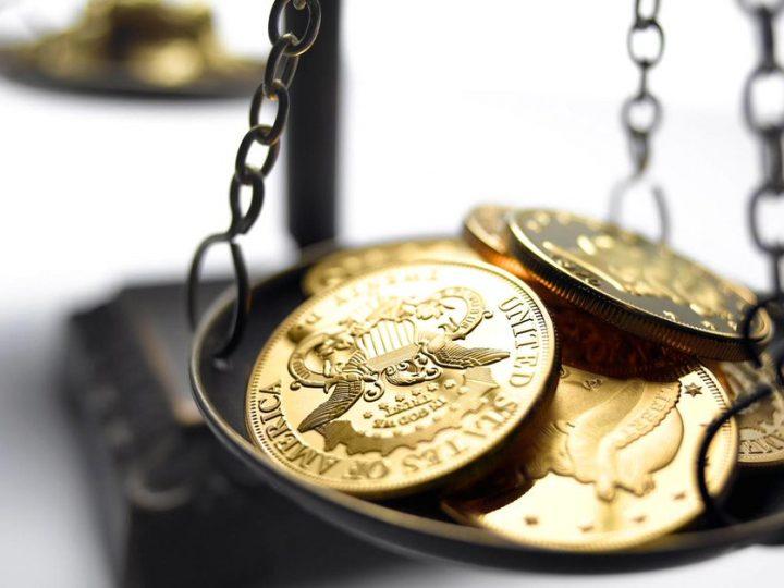 Goud duikt onder steunpunt na dump van $1,5 miljard